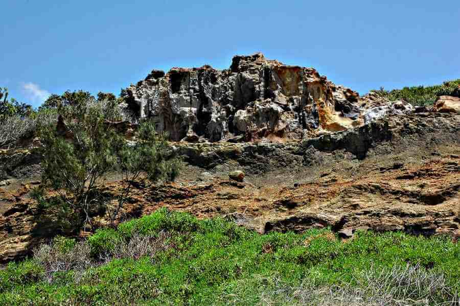 Fraser_Island_Cathedral_cliffs