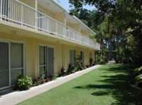 Bayshores Apartments