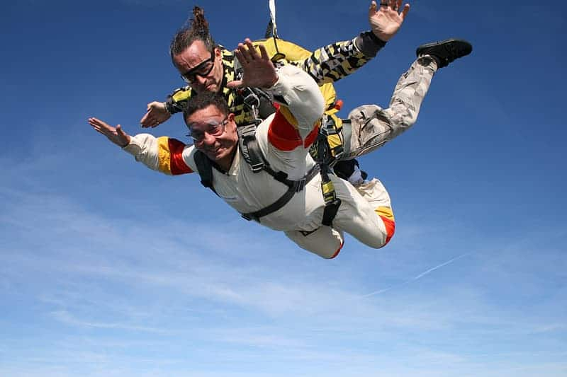 two-people-skydiving