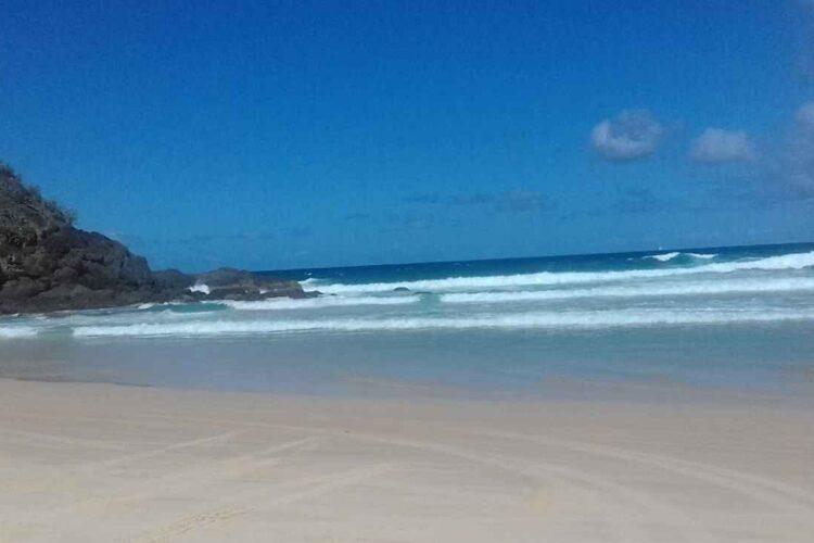 10 Best Surfing Spots in Queensland